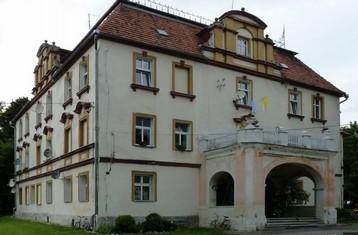 Herrenhaus/Schloss  (Go)