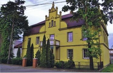 ehemaliges Gutshaus, jetzt Sitz der Agrargenossenschaft Wilamova (HR)