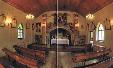 "Innenraum der ""Schlosskapelle""  (HR)"