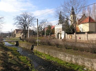 Dorfpartie am Tarnaubach[ auch Gos]  (Go)