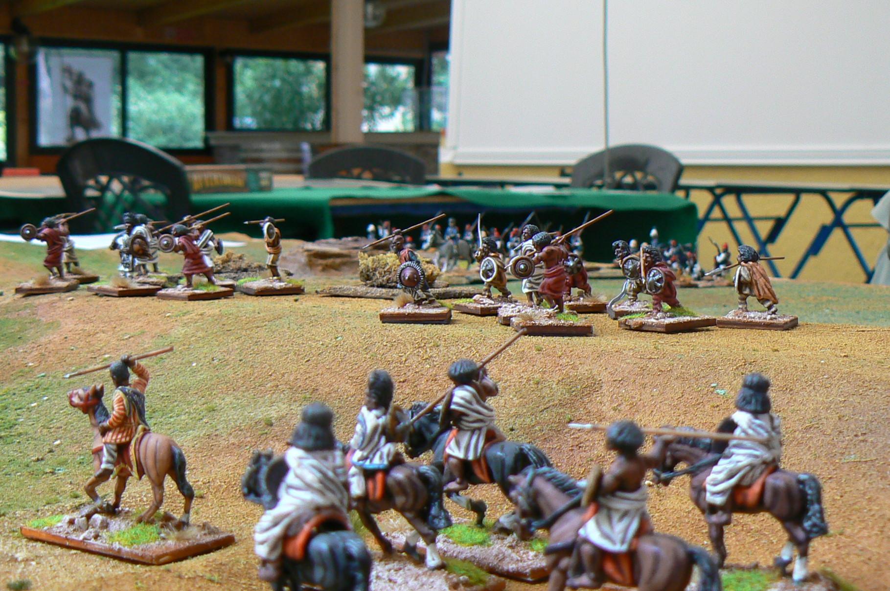 Cavalleria etiope, sullo sfondo guerrieri Waruari