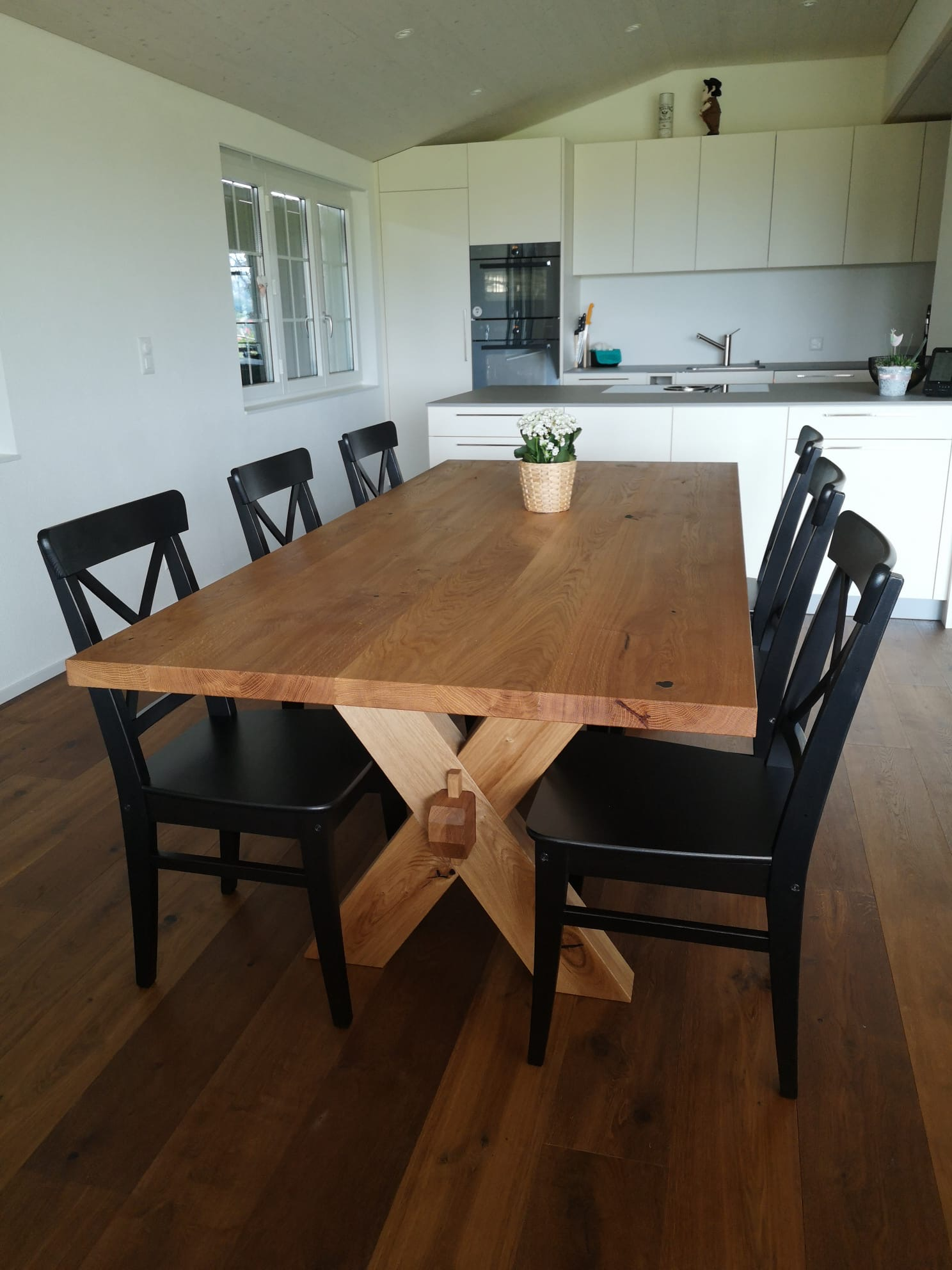 Tisch Eiche rustikal, schwarz gespachtelt, gebürstet & geölt