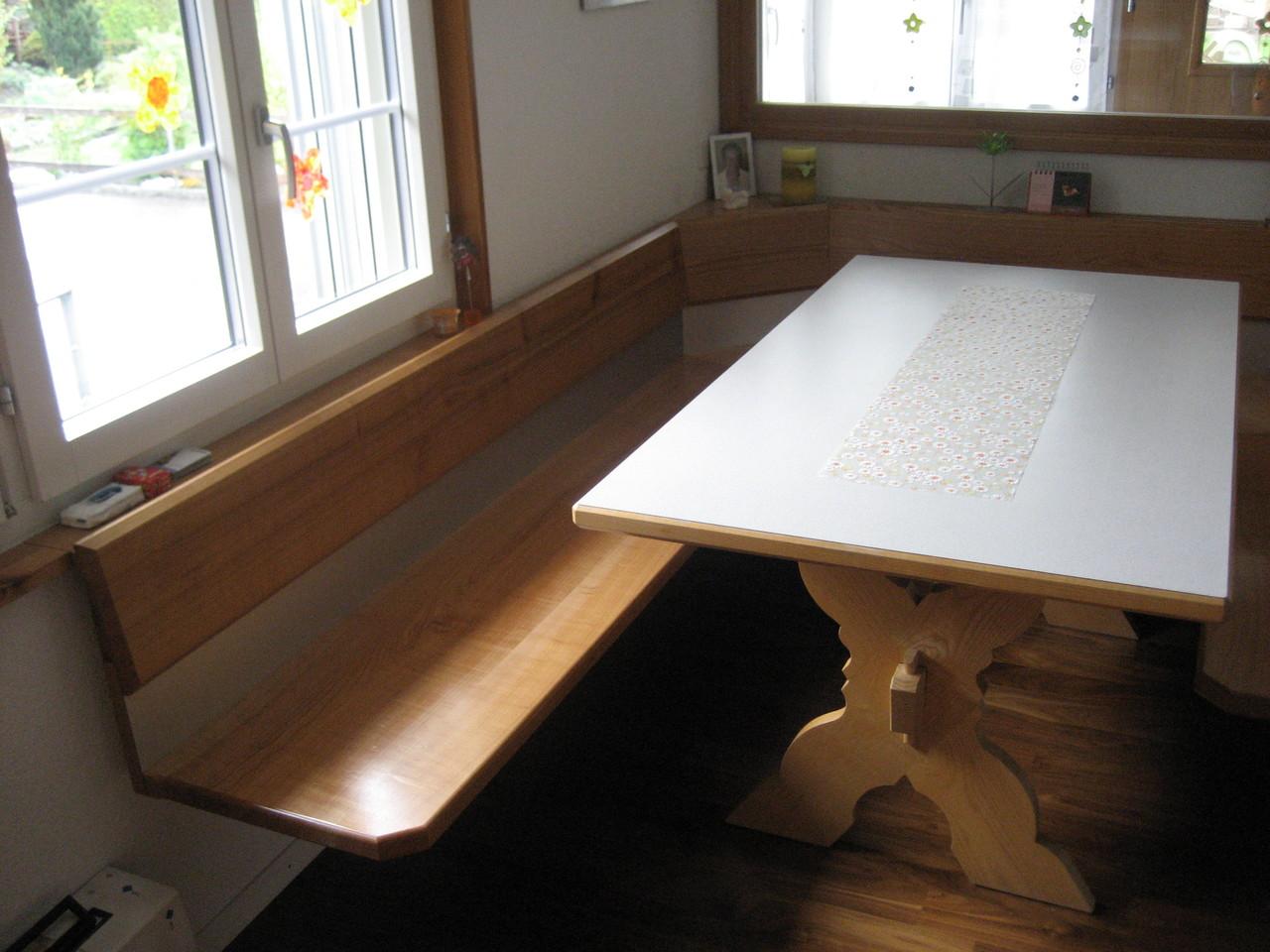 Eckbank Kirschbaum mit Metalleinlage / Tisch in Esche