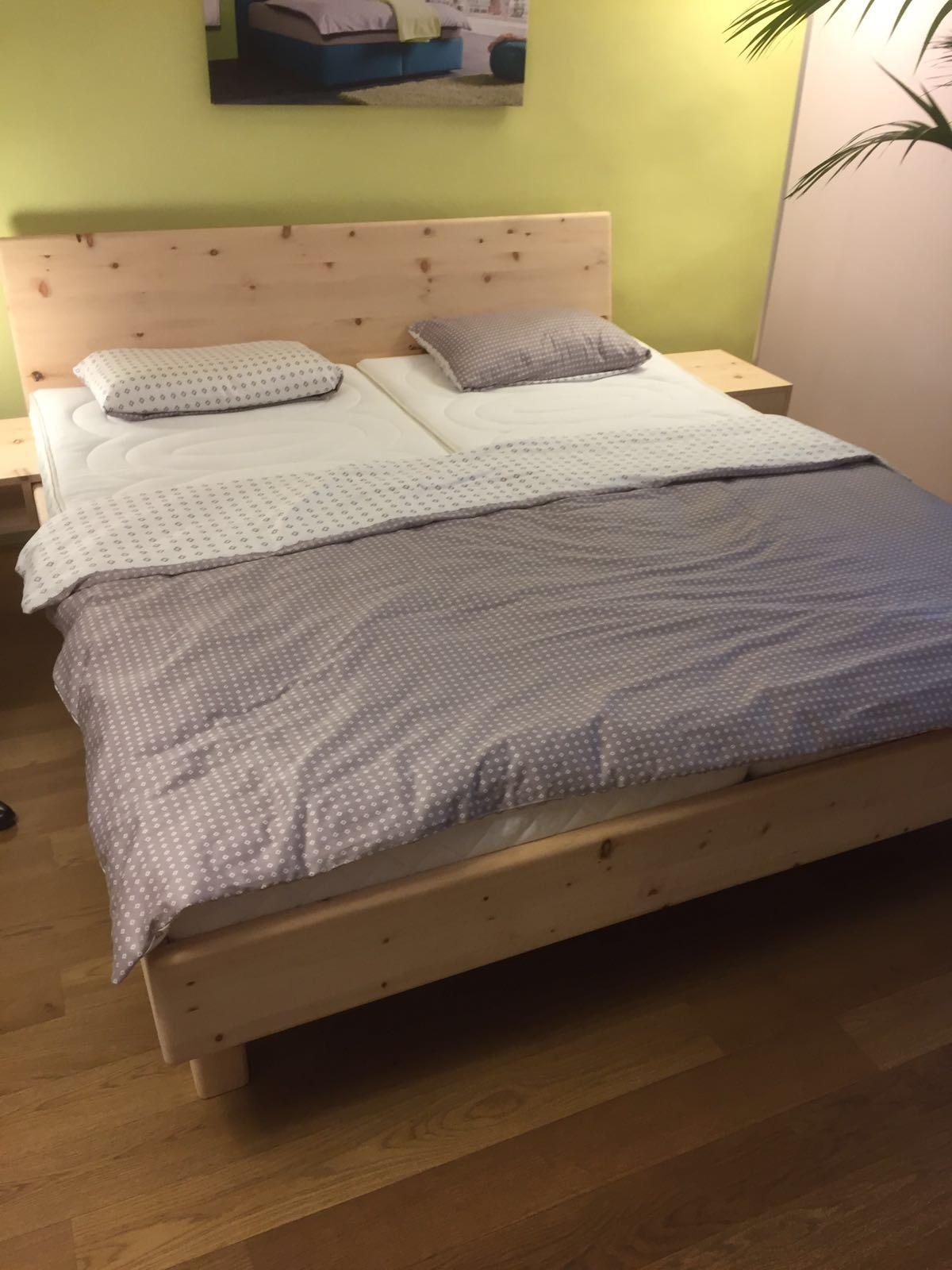 Arvenholz Bett - natürlich