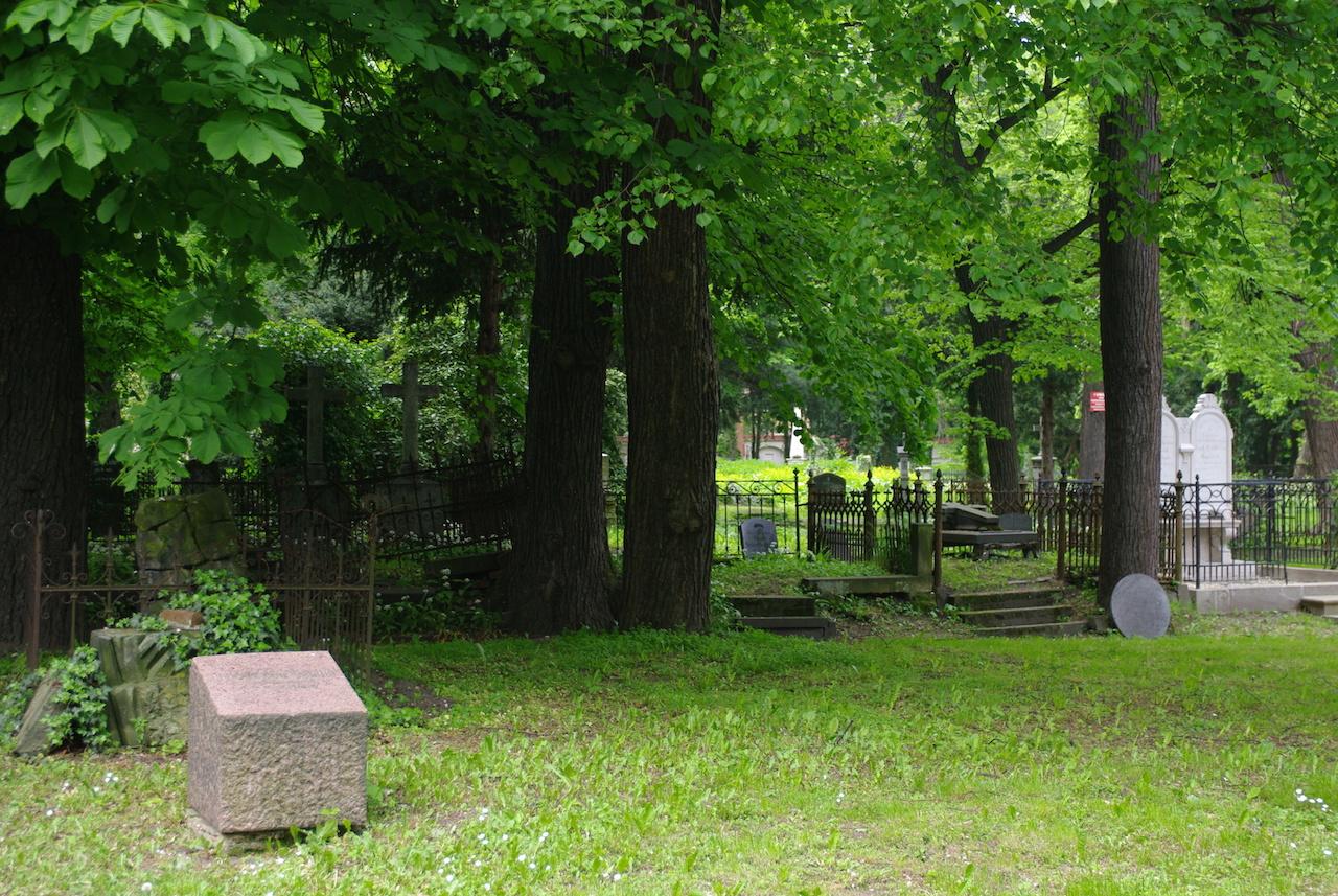 Le cimetière à l'abandon