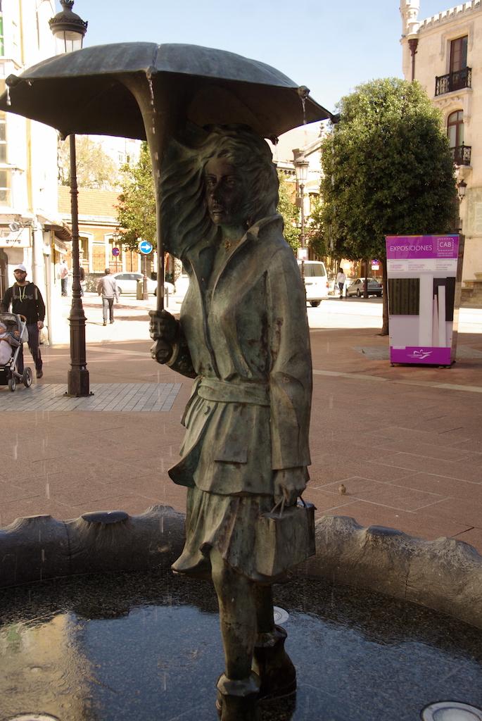 De nombreuses sculptures