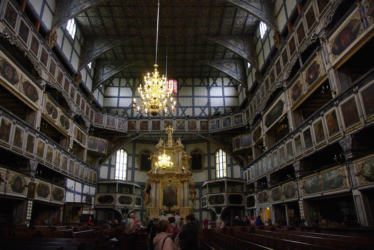 L'immense intérieur  1180 mètres carrés
