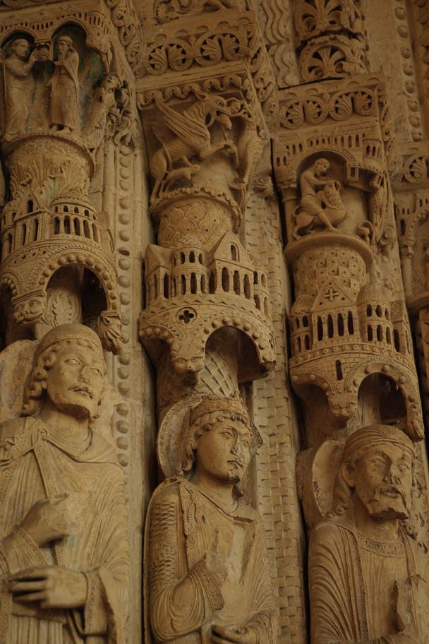 Sculptures des portails