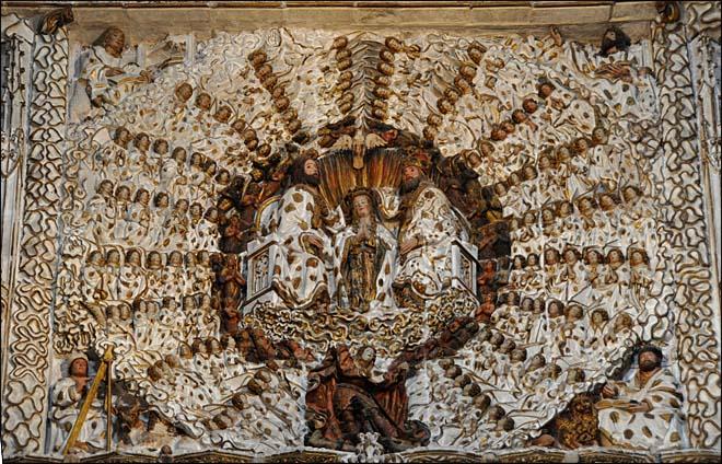 Détail : la Vierge entourée de cercles concentriques d'angelots