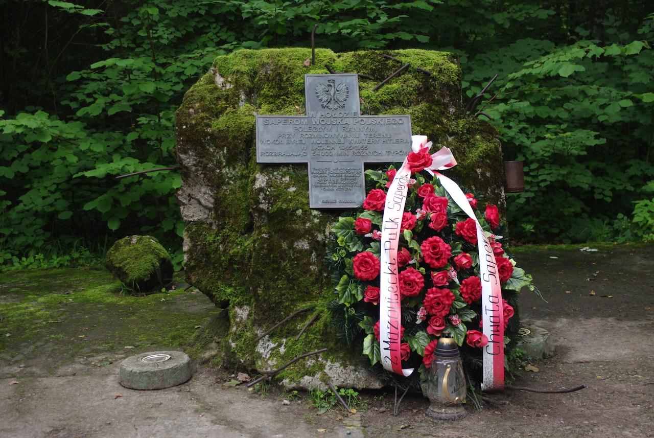 Monument en hommage aux comploteurs et résistants