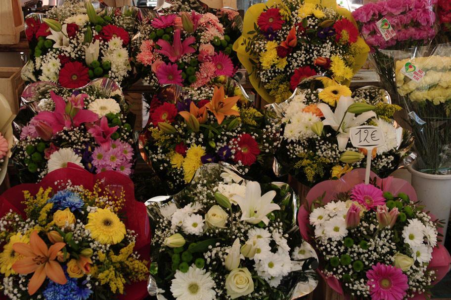 Au marché aux fleurs