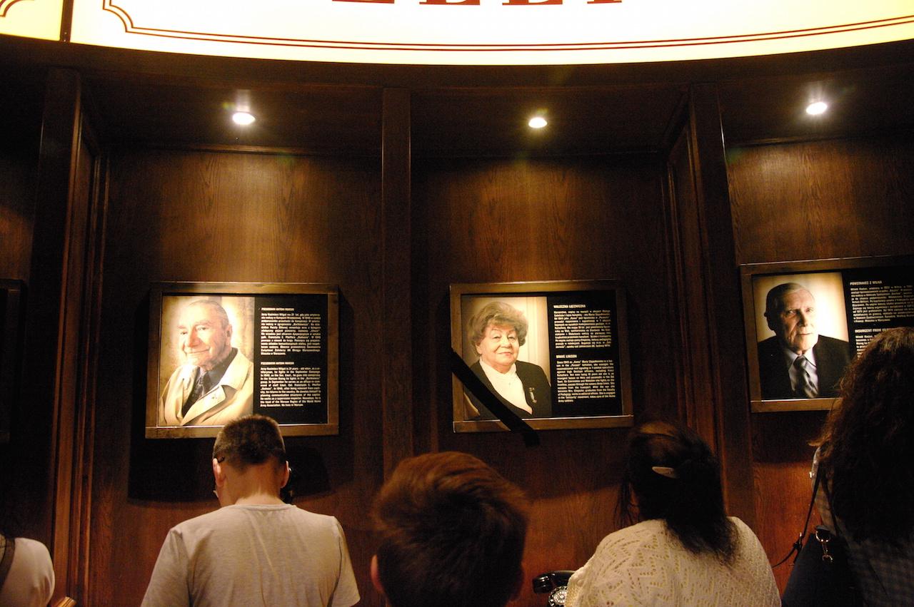 Portraits de résistants encore vivants à la création du musée.