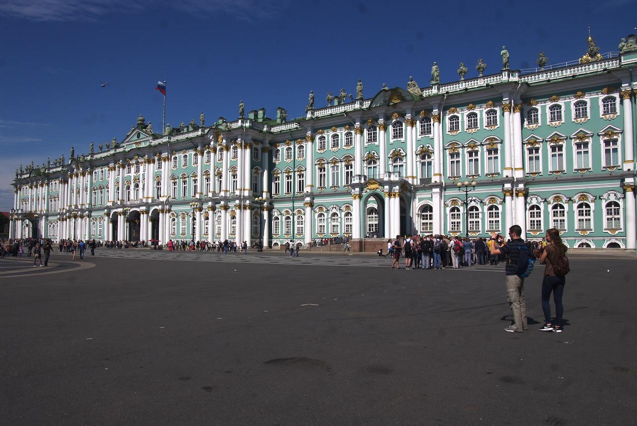 L'immense façade de l'Ermitage
