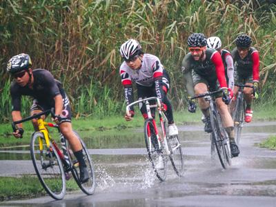 濡れた路面でのレース
