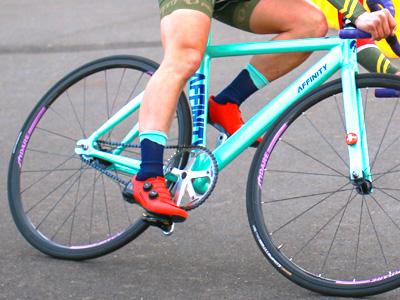 sfiDARE ホイールをつけた自転車