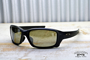◎フレーム:OAKLEY/STRAIGHT LINK ◎レンズ:TALEX/TRUEVIEW SPORTS