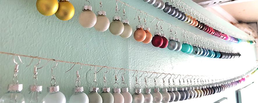 Druckatelier46 - Ohrschmuck - Ohrhänger - Ohrringe - Weihnachskugeln