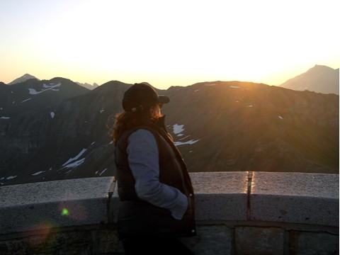(Dolomiten - 2010) ...(zumindest einzelne) stehen danach aber auch gerne mal um 5:00 Uhr auf, um einen Sonnenaufgang in 2600 Metern Höhe zu genießen.