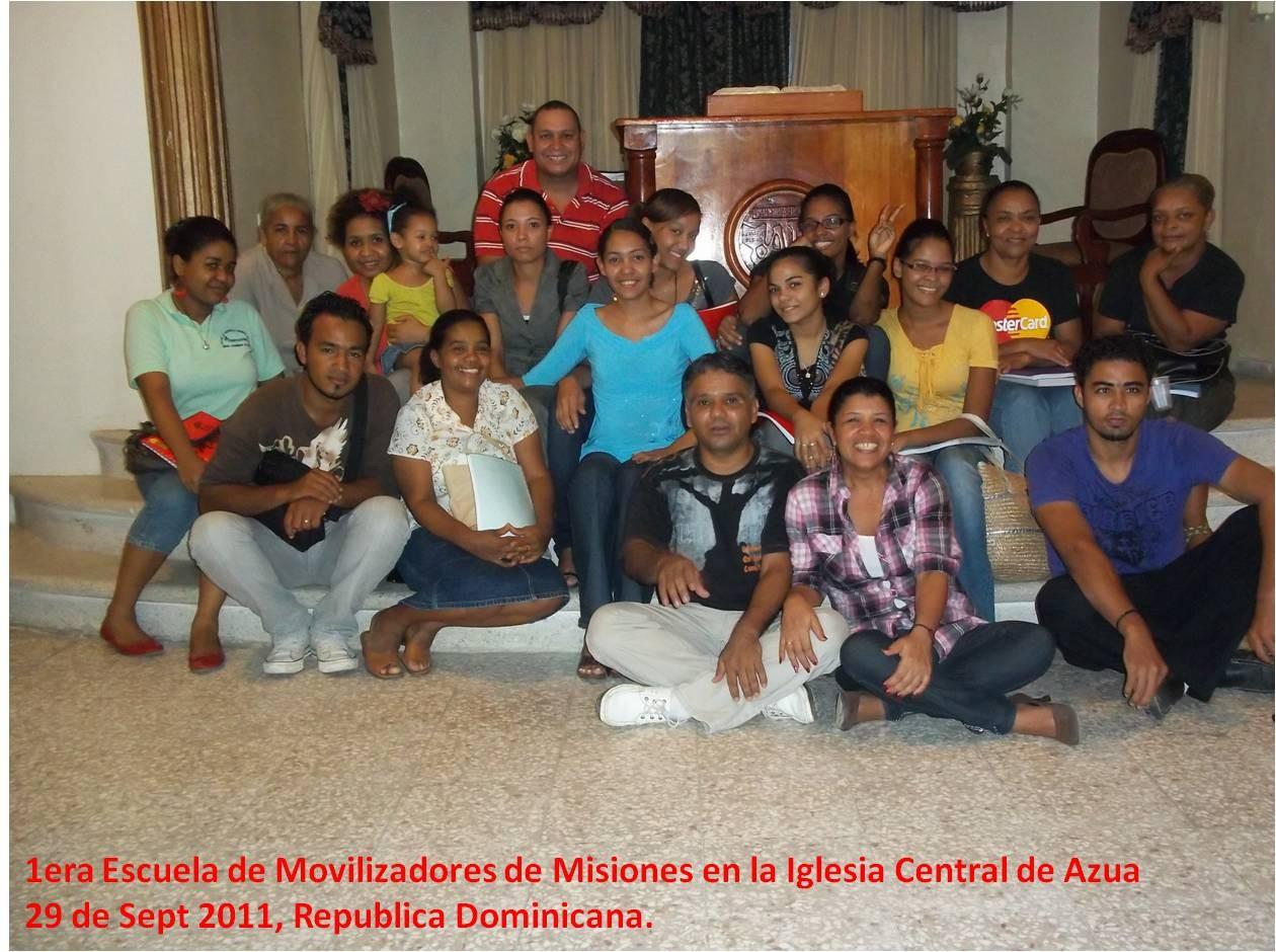 Estudiantes de la Escuela de Movilizadores de Azua