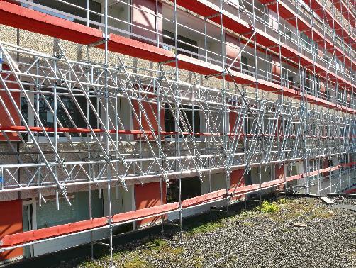 Gitterträger im Fassadengerüst