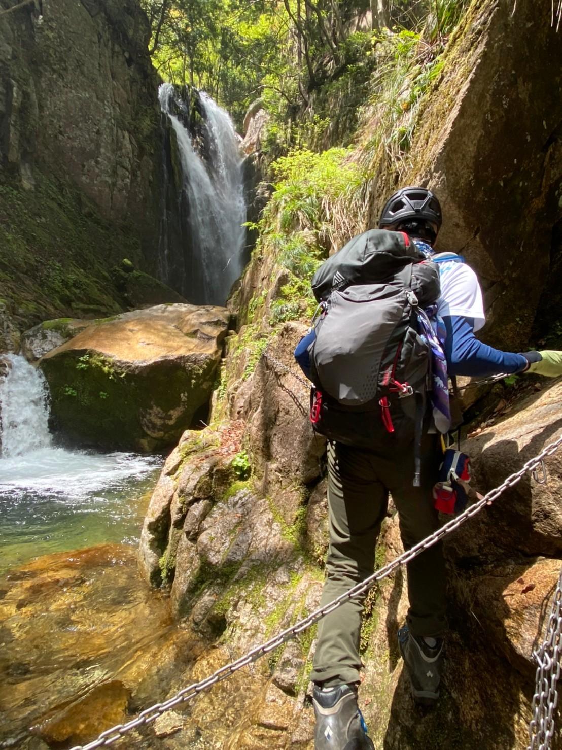 2021.05.04 リーダーズトレック 八ツ淵の滝からの武奈ヶ岳 1,214m🎥