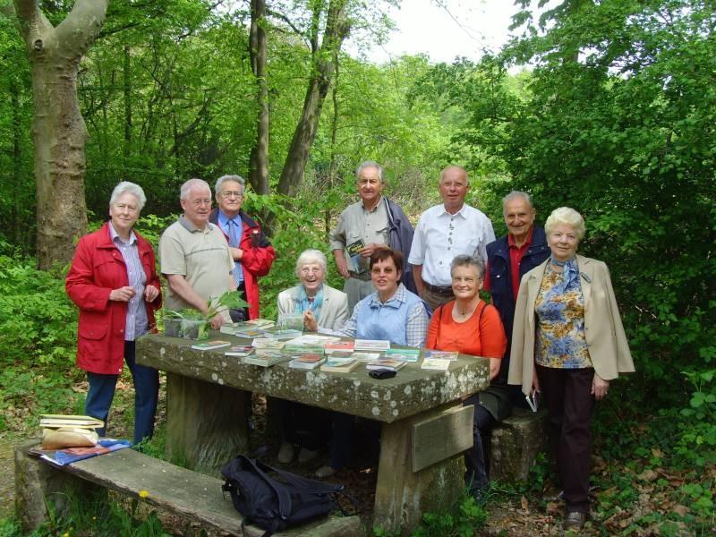 Rast und Besprechung am Albvereinstisch