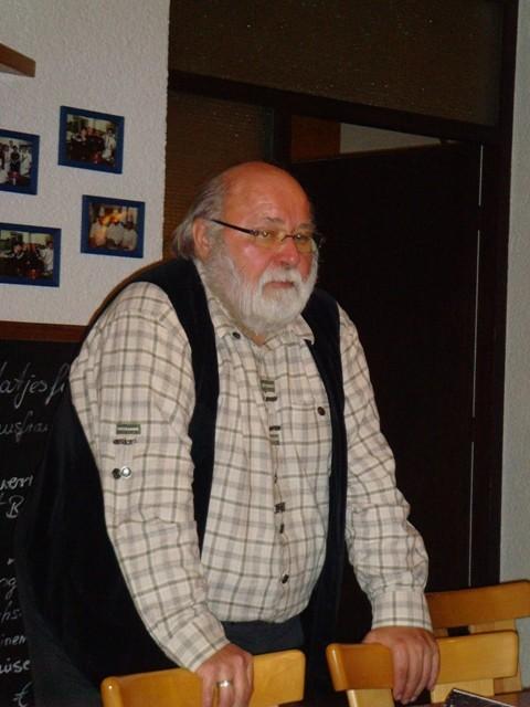 der Vorsitzenden des Stromberggaues, Dieter Auracher aus Tamm