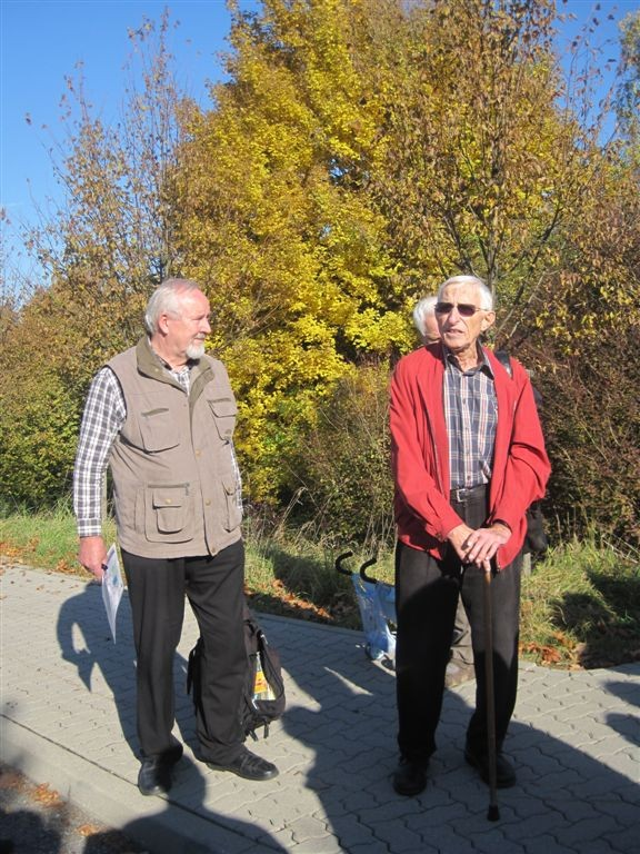 li. Wegpate W. Radke, re. G. Stahl Projektl. Wanderwege für Rollstuhl