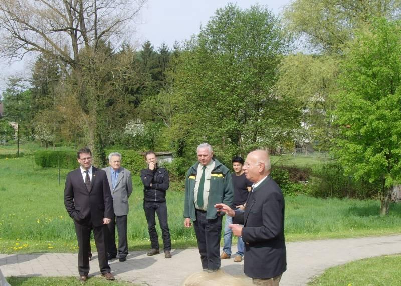 Tag des Baumes 2009, 26.04, Begrüßung Vors. Klaus Fritz