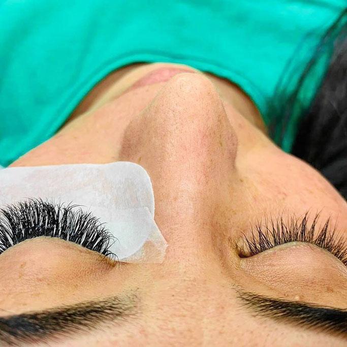 Wimpernverlängerung und Wimpernverdichtung bei KEN Beauty Nails in Lindau am Bodensee