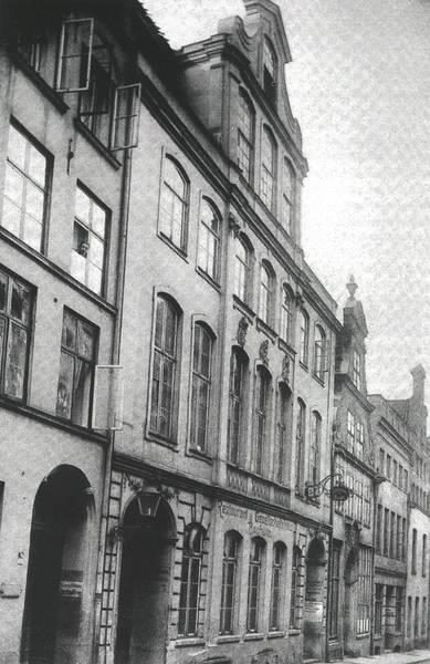 Fischstraße 9: 1881 - 1882