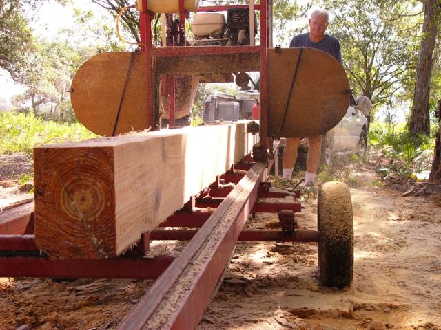 Portable sawmill on site