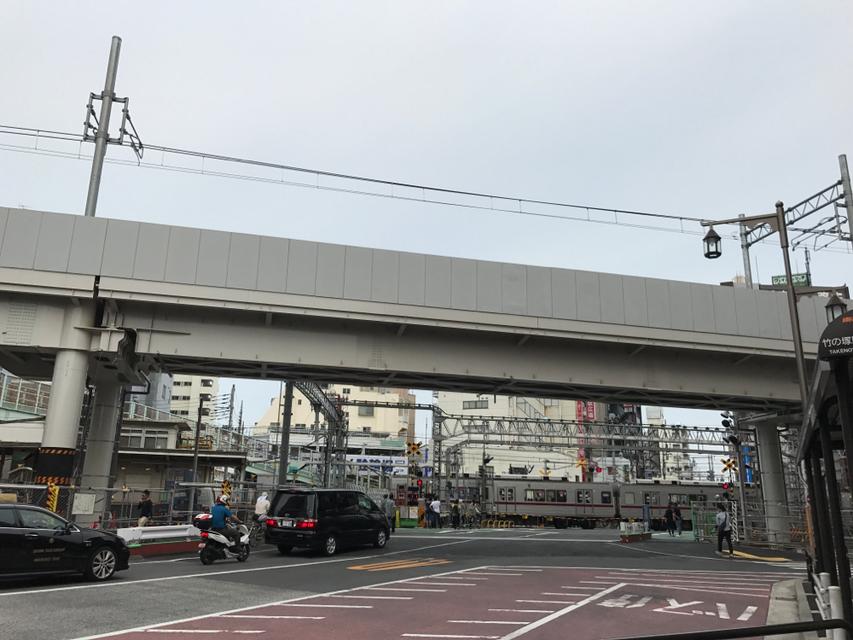 竹の塚駅高架工事