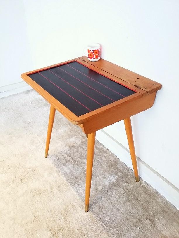 bureau pupitre bureau pupitre d 39 colier moulin roty la. Black Bedroom Furniture Sets. Home Design Ideas