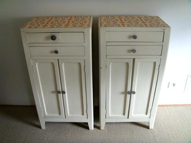 Petits meubles de rangement vintage