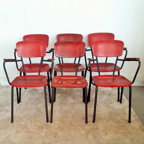 Fauteuils et chaises fibre de verre années 50