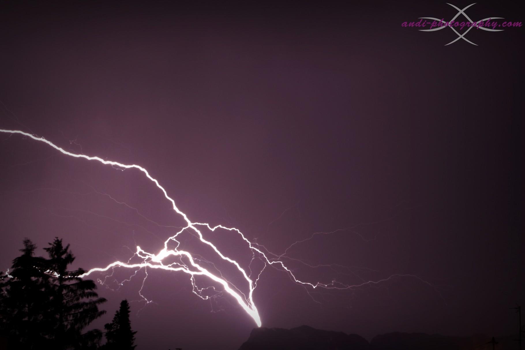 Blitzeinschlag am Untersberg