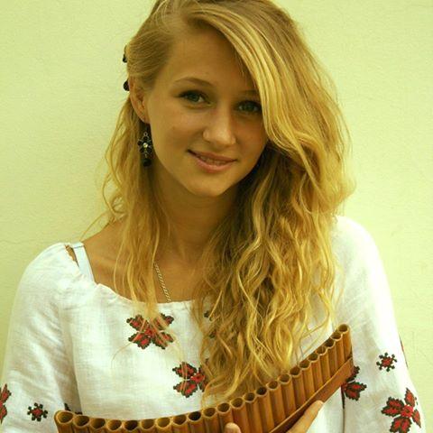 Ірина Козачук - викладач по класу сопілки