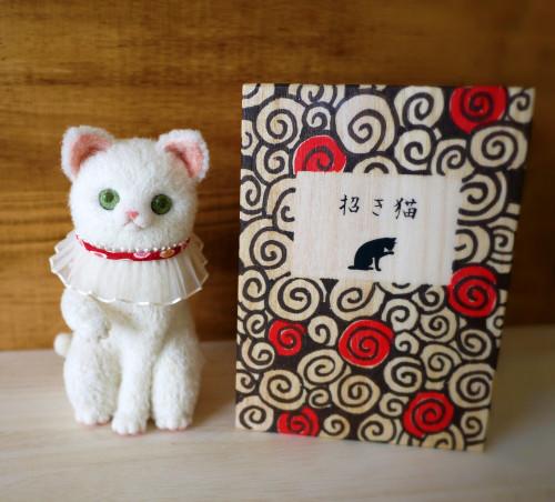 招き猫&渦巻模様箱