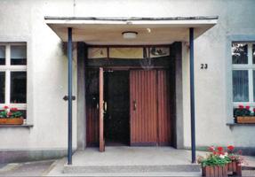PGH - alter Gebäudeeingang