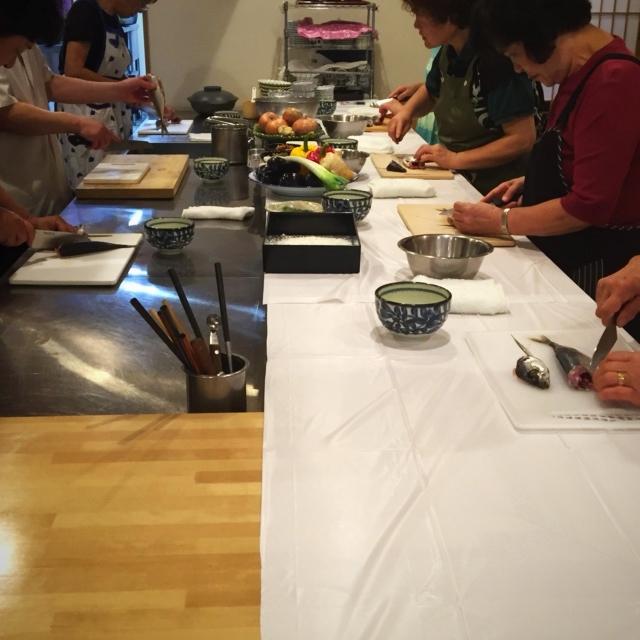 皆さま頑張って、調理中。