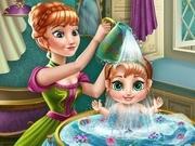 Игра Холодное сердцеанна купает ребенка