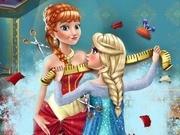 Игра Холодное сердце Эльза шьет Анне платье