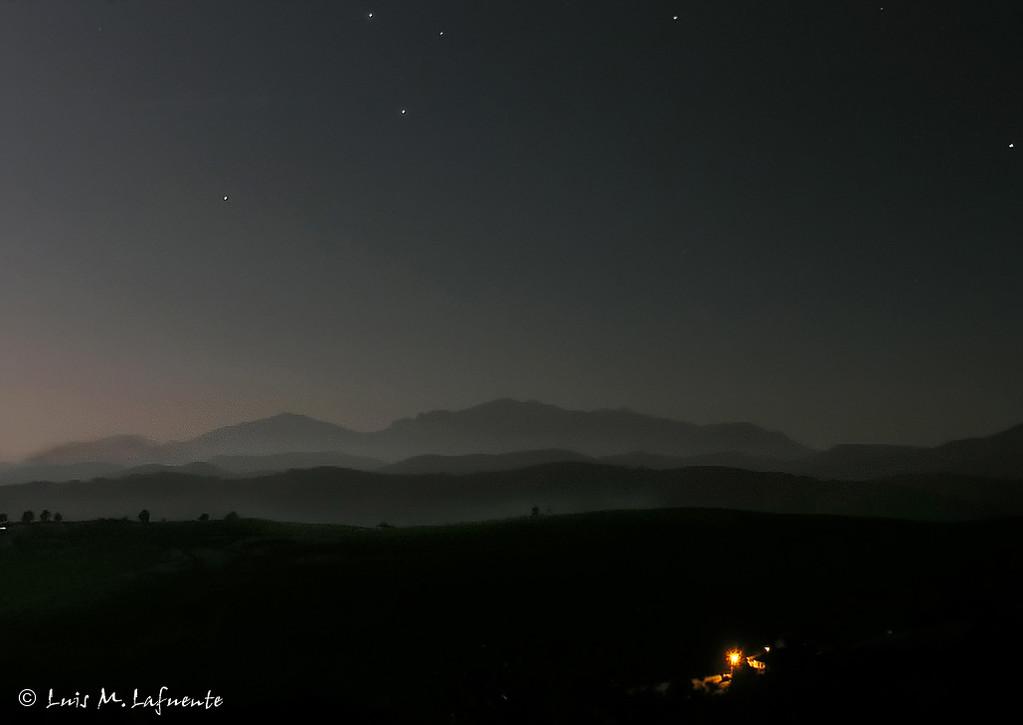 Noche sobre la Sierra del Aramo