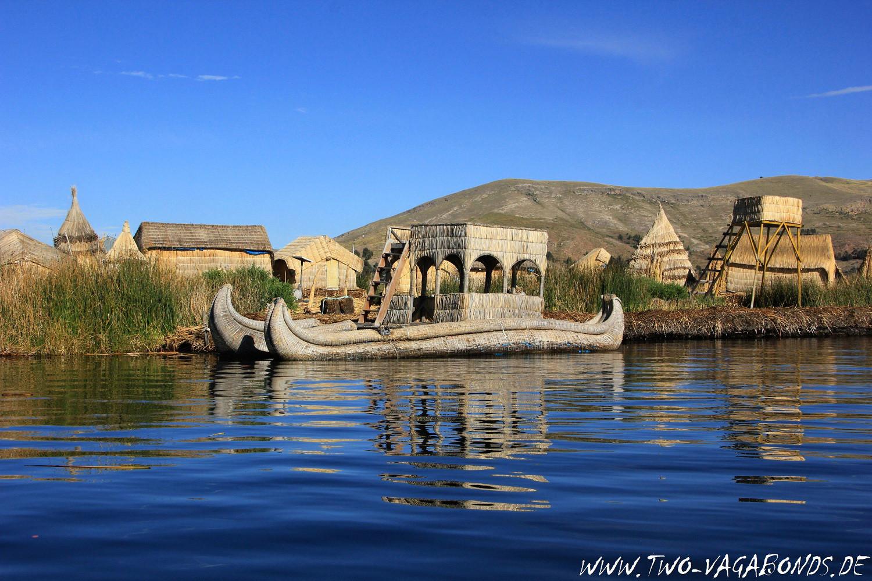 PERU 2015 - SCHILFBOOTE AM TITICACASEE