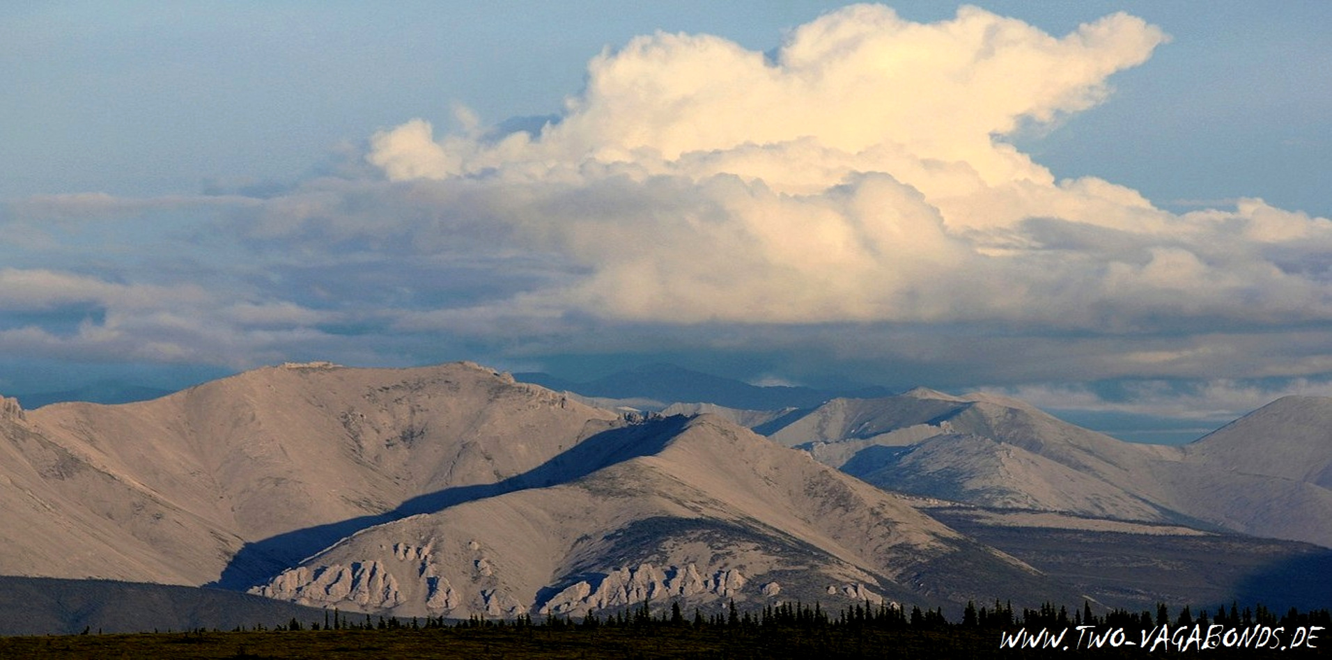 CANADA / YUKON 2011 - OGILVIE MOUNTAINS - DEMPSTER HIGHWAY