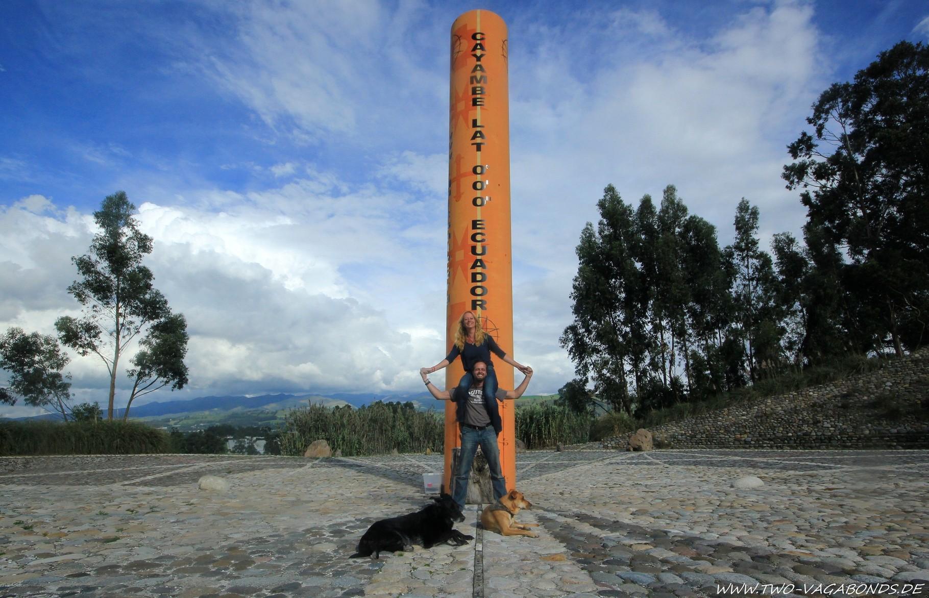 ECUADOR 2014 - ÄQUATOR-MONUMENT
