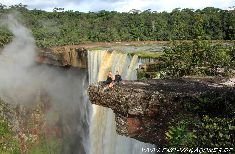 GUYANA 2014 - FLIGHT TO THE KAIETEUR FALLS - AMAZONAS