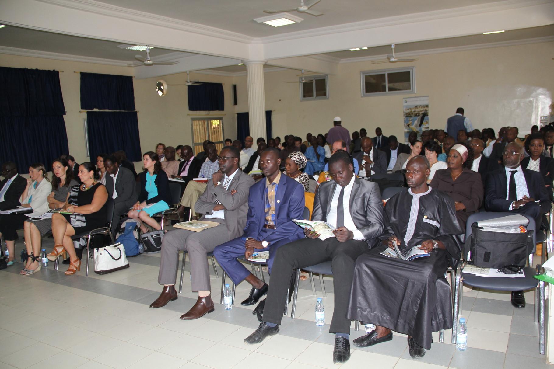 Forum RSE Senegal 2013 - vue de la salle à Thiès