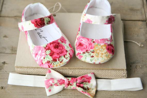 1c8c08713b265 Chaussures bébés 100% Fait-main - Vetements Bebe Ceremonie - Cadeaux ...
